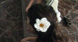 ساخت گلی بسیار زیبا برای گیره سر