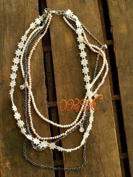 ساخت گردنبندی زیبا و متفاوت با چند رشته