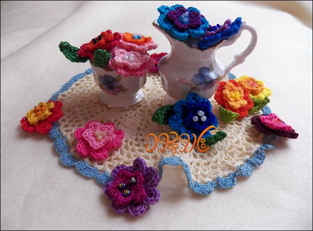 بافت گل های زیبا و رنگارنگ  سه بعدی با قلاب بافی