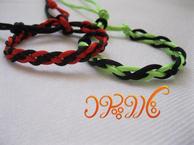 آموزش بافت دستبند پاراکورد طرح بافت دو رنگ