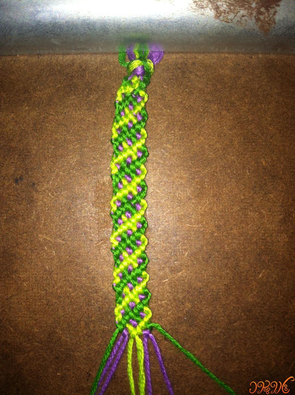 آموزش دستبند دوستی سنتی تاروپود