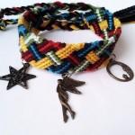 آموزش استفاده از آویز زیبا برای دستبند دوستی بافته شده