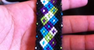 آموزش بافت دستبند دوستی لاله
