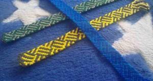 بافت دستبند دوستی دو رنگ تاروپود